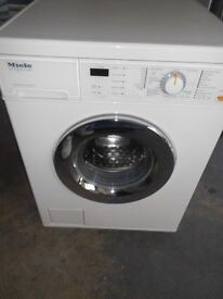 MIELE 6kg washing machine with honey comb drum technology nice machine .delivery possible