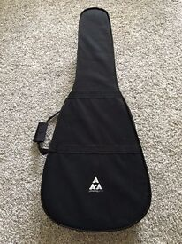 Stronghold Lightweight Dreadnought Acoustic Guitar Hard Case / Bag in Black.