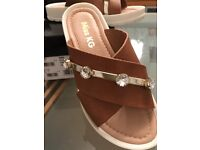 Kurt Geiger Tan leather blingy flat sandals