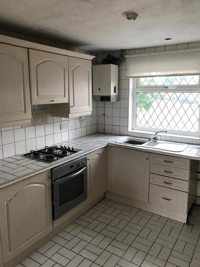 Amazing Two Bedroom Cottage Style Home Available Now In Denton Manchester Gumtree Download Free Architecture Designs Oxytwazosbritishbridgeorg