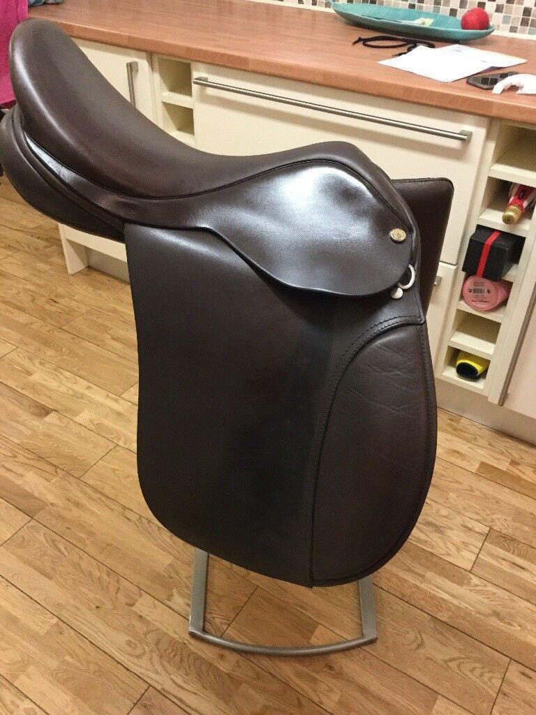 Fylde 16.5 inch working hunter saddle