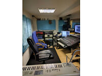 Music Producer/Mixer/Engineer with Recording Studio in W3