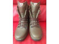 Ladies size 5 Alt Berg boots worn once