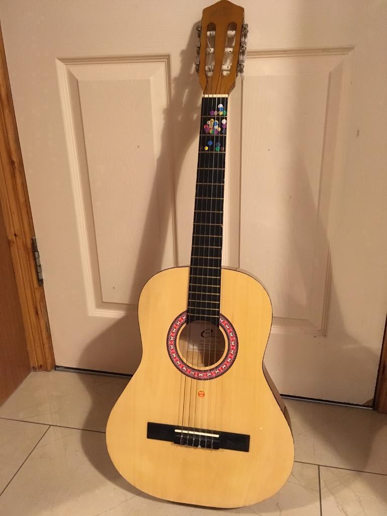 Guitar 3/4 size