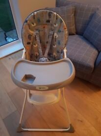 **BABY WEAVERS HIGH CHAIR, UNISEX, EXCELLENT CONDIOTION**
