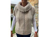 Italian chunky alpaca/wool/acrylic sleeveless jumper/gilet
