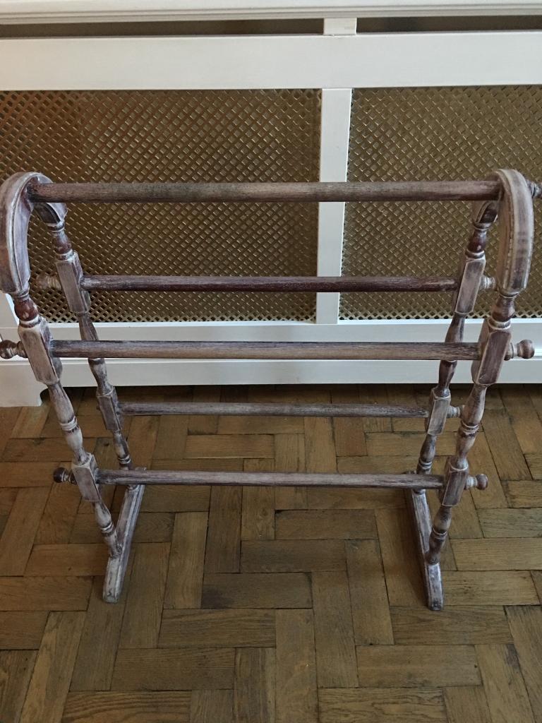 Antique/reproduction towel rail