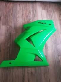 Ninja 250r RHS fairing. Great condition.
