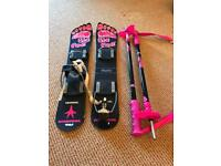 Big foot short skis and collapsible poles