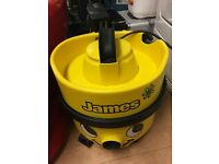 Henry hoover in yellow