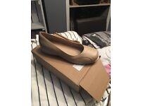 damart beige shoes