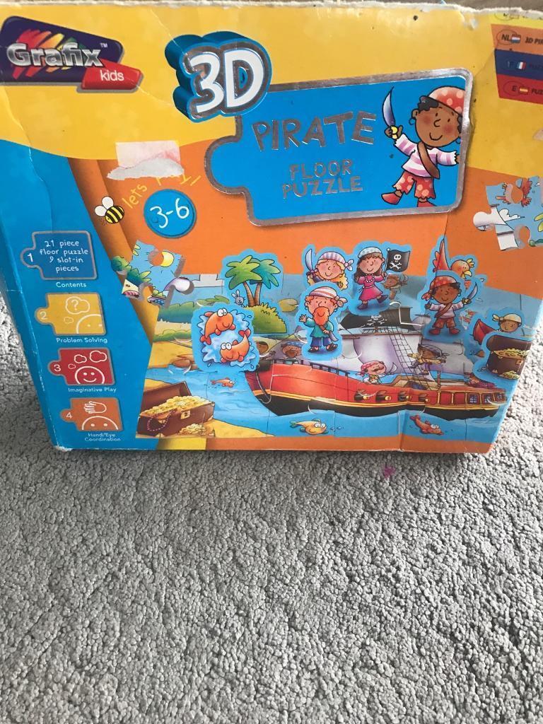 Pirate floor puzzle