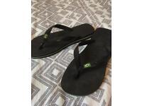 Havianas flip flops size 7/8