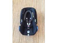 Maxi Cosy Cabriofix Car Seat Birth - 1 year (approx) Group 1