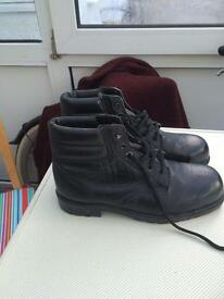 Work boots size 7