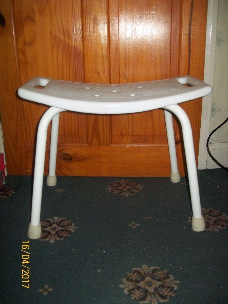 FREE----Plastic Shower Stool | in Houghton Le Spring, Tyne and Wear ...