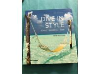 Dive in style book 2010 edition excellent photos