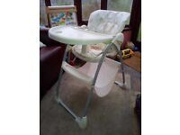 Mothercare Teddy's Wash Day design Picnic Highchair