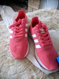 Adidas trainer's