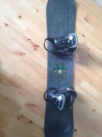 140CM BURTONS SNOWBOARD WITH BURTONS BINDINGS