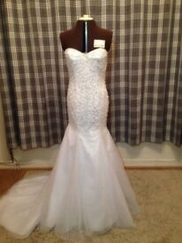 Morilee wedding dress white size 12 beaded strapless fishtail bottom excellent condution