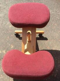 Kneeling Wooden Orthopaedic Ergonomic Posture Office Stool Chair Laptop Seat