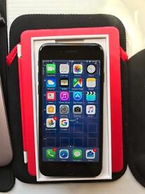 iPhone 7 jet black 128gb unlocked +1 case