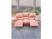 3 seater reclinig sofa vgc £60 quick sale