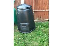 Black plastic composter