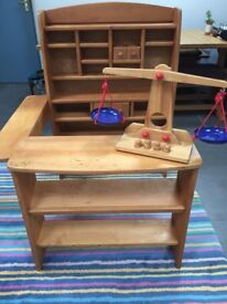 CHILDREN'S SOLID WOOD PLAY SHOP AND SCALES