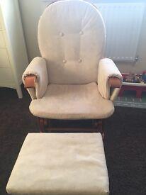 Nursing gliding chair and stool
