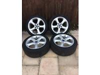Ford alloy wheels like new