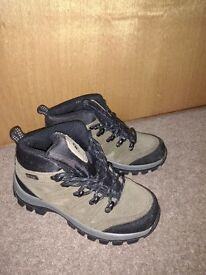 Trespass Walking Boot