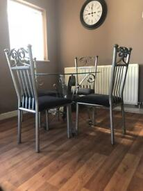 Glass table 4x chairs