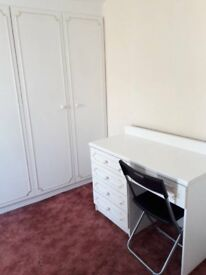 Beautiful Double Room to Let - £450 for single or £500 for couple per month including all bills