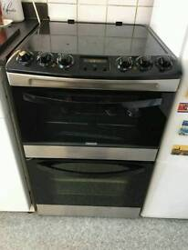 Excellent condition free-standing black electric Zanussi cooker