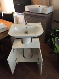 White complete pedestal with basin and under counter unit new
