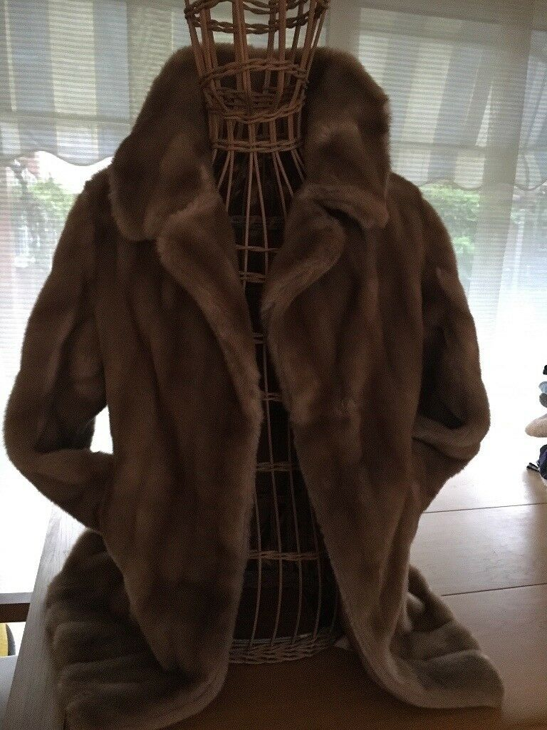 Retro faux fur jacket
