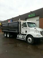 06 FREIGHTLINER 10SPD AUTOSHIFT W/CLUTCH & NEW GRAIN BOX