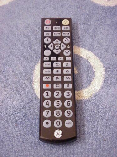 GENERAL ELECTRIC GE 34455 - 3-Device Universal Remote Control