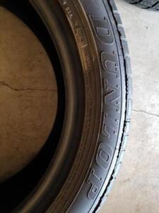 255/50/19 2 pneu dunlop  ete 150$