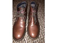Boots, brown