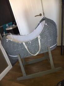 Noah pod style unisex grey and white Moses basket