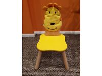 Childs chair - EXCELLENT CONDITION