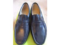 ** NEW ** Men's Clarks Shoes, Size 8, Colour - Black