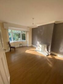 3 bedroom house available from today in roundhay