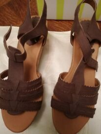 Women's White Stuff Sandals Size 7