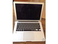MacBook Air 2010 4GB £250