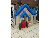 Inflatable play house