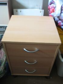 Beech Wood Chest of Drawers for £15.00